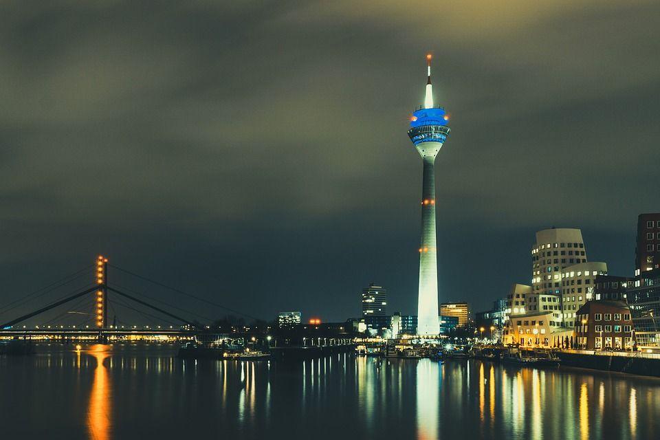 Lesben-Szene in Düsseldorf - Bars, Clubs und Freizeit